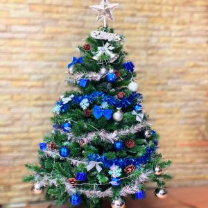 christmas-tree-140-cm