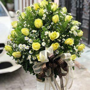 48 yellow roses