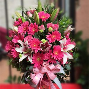mixed lilies carnations