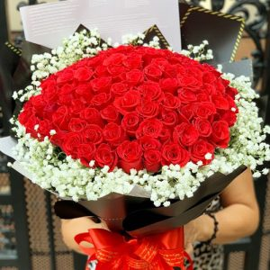 vietnamese-womens-day-roses-01