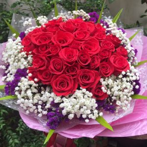 vietnamese-womens-day-roses-11