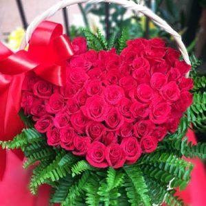 vietnamese-womens-day-roses-20