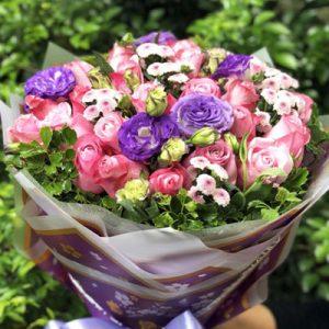 vietnamese-womens-day-roses-46