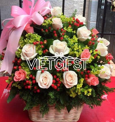 vietnamese-womens-day-roses-54