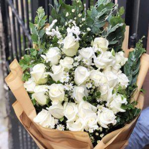 vietnamese-womens-day-roses-57