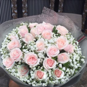 vietnamese-womens-day-roses-61