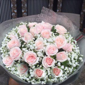 vietnamese-womens-day-roses-61