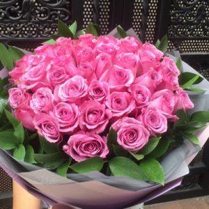 vietnamese-womens-day-roses-63