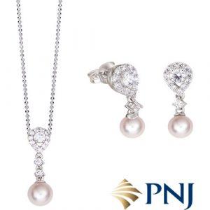 PNJ Jewelry Set For Mom 01