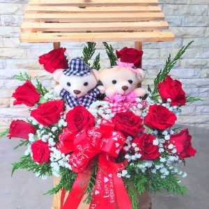 special-vn-womens-day-flowers-and-bears